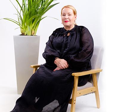 Annie Hayes